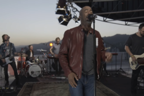 Darius Rucker – For The First Time